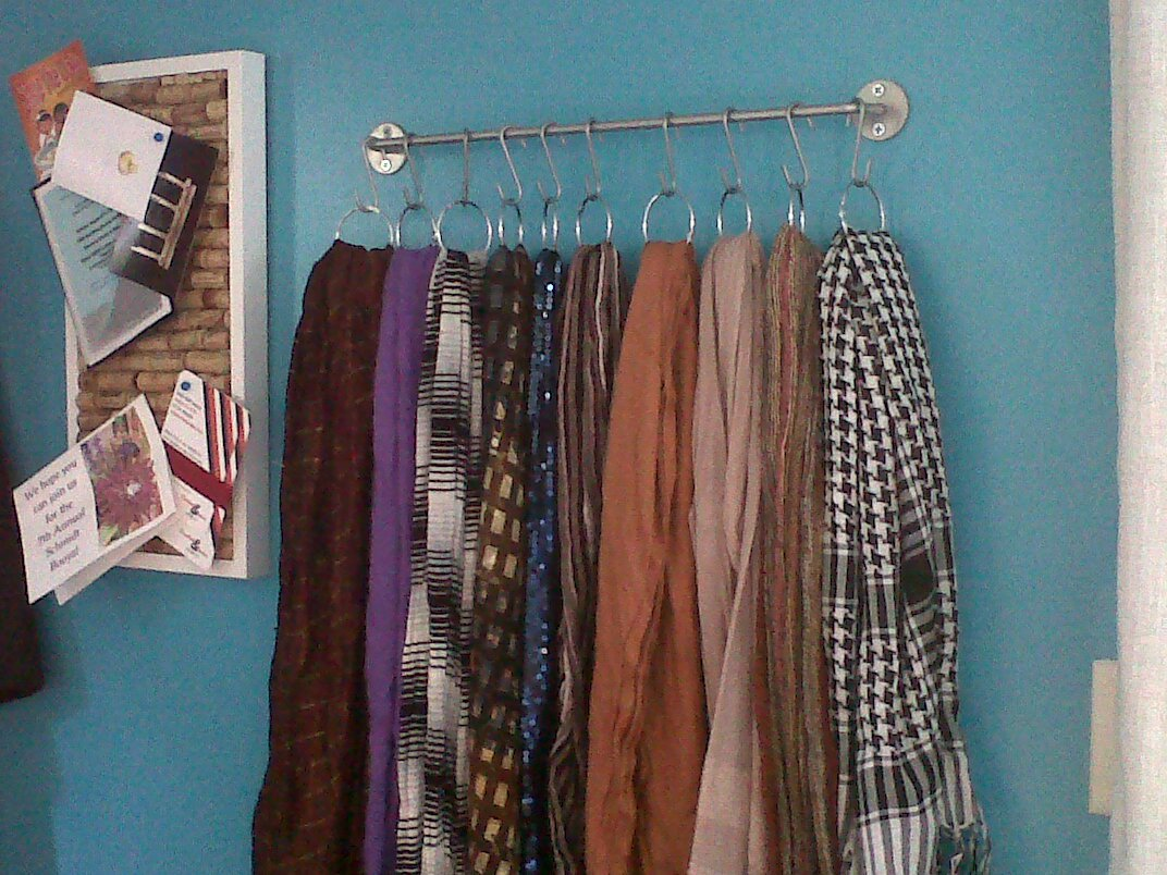 20 organizing hacks your inner ocd will love home and life tips 19 scarf storage solutioingenieria Images